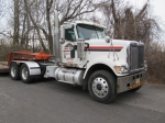 2001 INTERNATIONAL Model 5900i Tandem Axle Truck Tractor